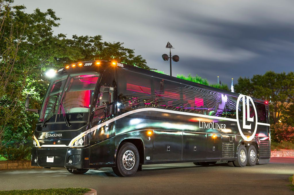 Luxury buses from Boston to New York