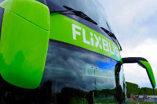 FlixBus Prepares for the American Market and Expands Services