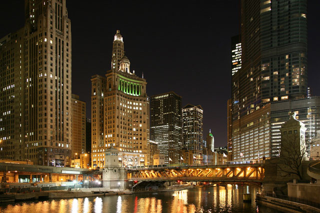 Main business area near to the Chicago river